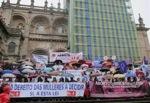 Repudian asedio de promotores del aborto a Catedral de Santiago de Compostela promovido por el PSOE