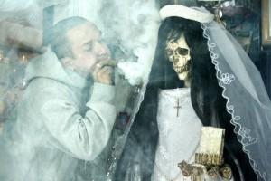 Secta ocultísta en Mexico  crece dramáticamente. El engaño de  la «santa muerte»