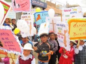 Ayaviri Perú se marcha por la Vida.