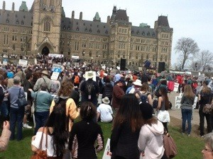 Marcha anual provida en Ottawa, Canada.