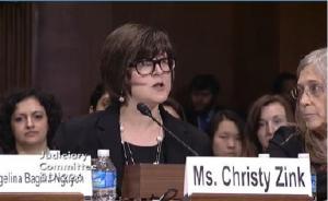 La Activista proaborto Christy Zink dice que abortó a su bebé de 22 semanas por amor